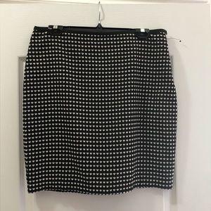 New STUDIO M skirt white hearts on black 💋 NWOT